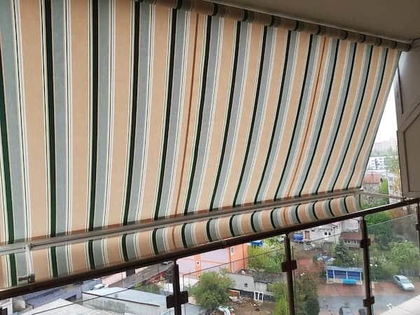 copertine balcon, copertină verticală
